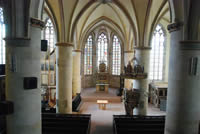 Blick von der Empore in den gotischen Kirchraum